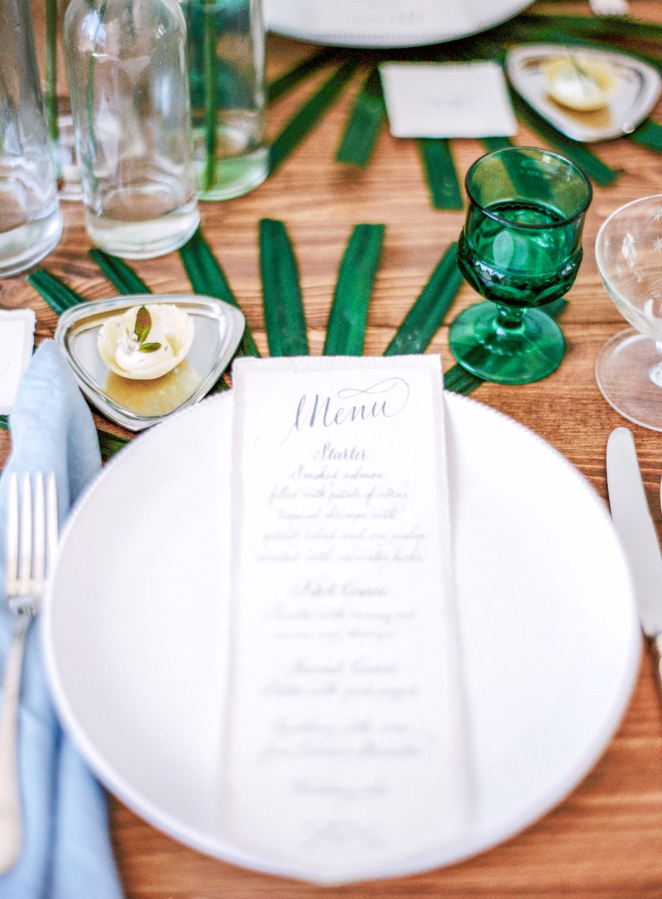 Elegant menu with tropical highlights