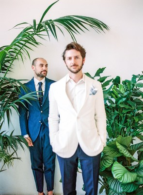 Love Wins Tropical Urban Wedding Inspiration from Italy