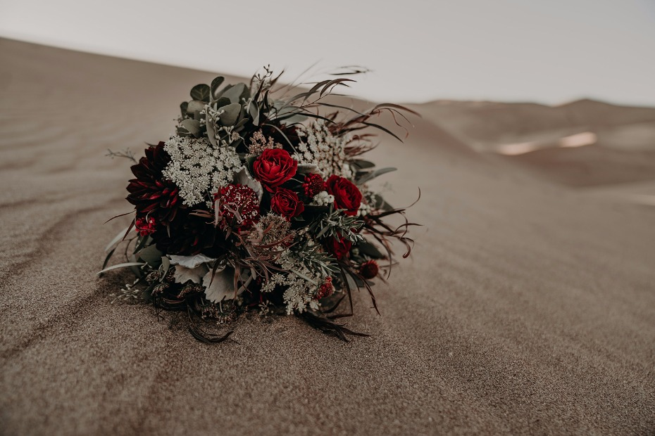deep red bouquet for your fall desert engagement