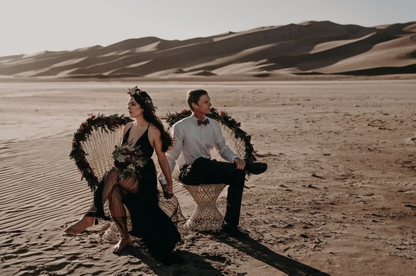 Fall In Love With The Desert With This Autumnal Engagement Shoot
