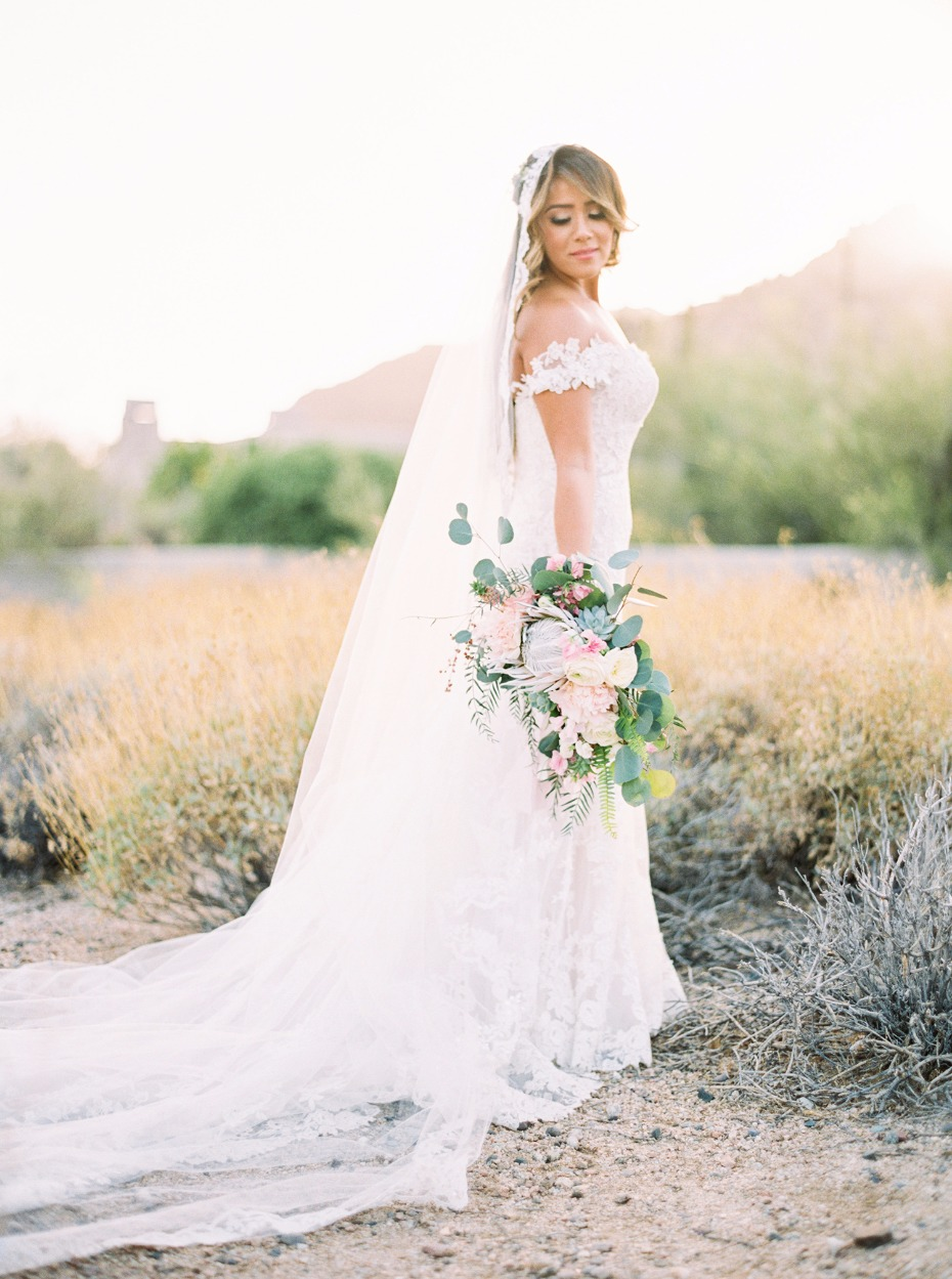 elegant bridal style for your desert wedding