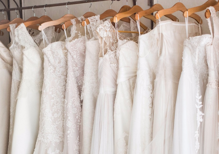 Reasons to Consider Shopping Solo For Your Wedding Dress