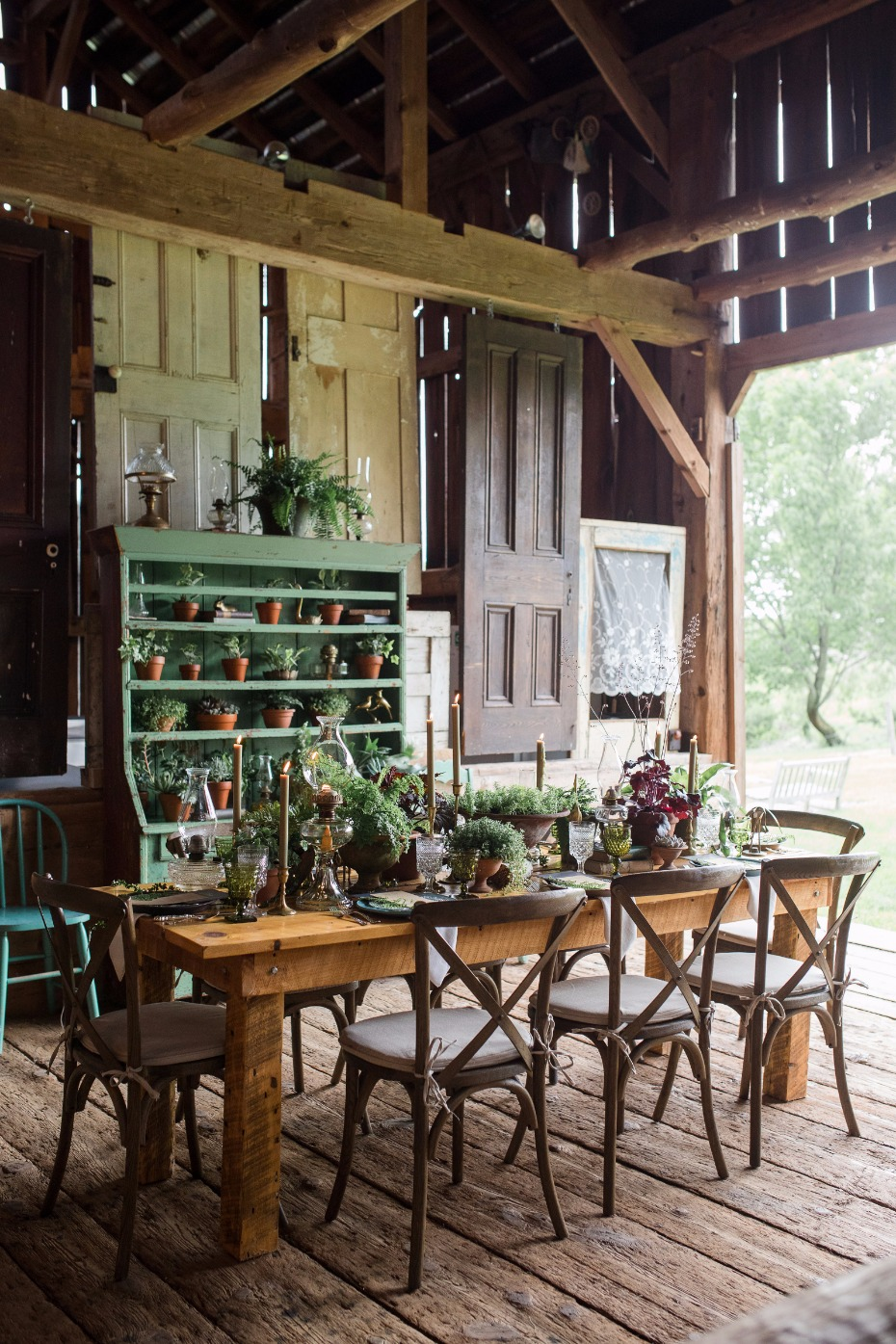 rustic chic table in the barn of Fox Hill Farms