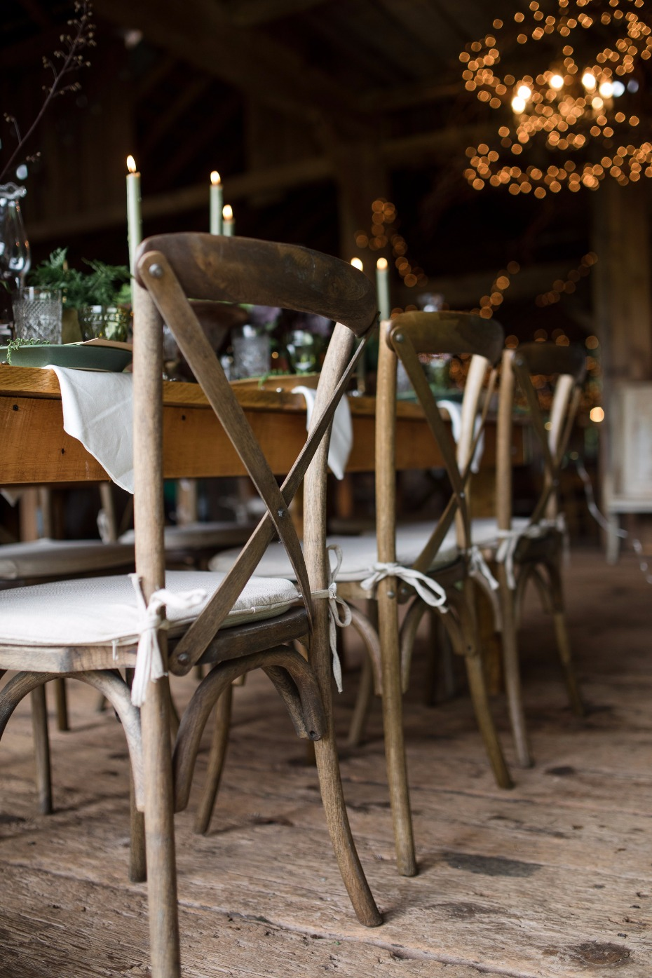 chic yet rustic wedding seating