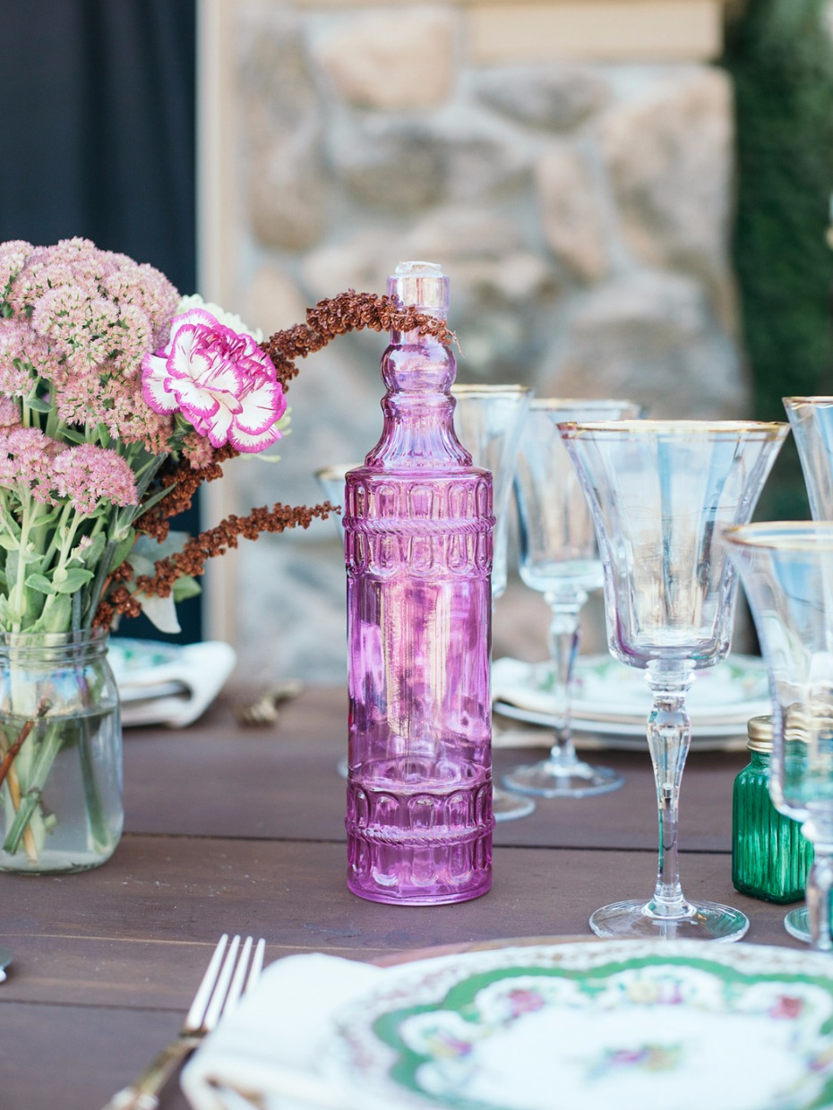 bright and vibrate wedding table decor for your boho style reception