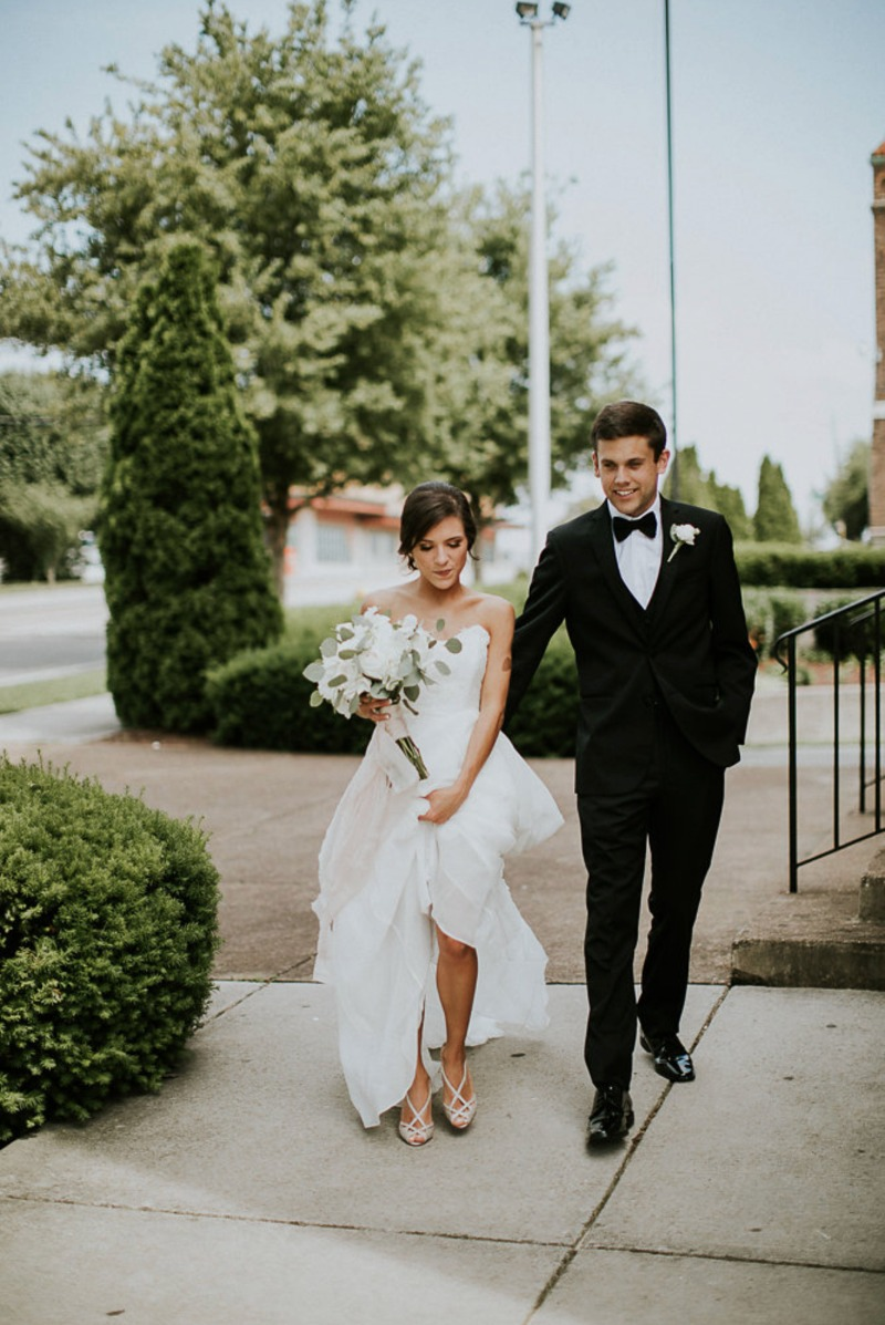 Karen and Connor's bewitching Southern nuptials. Gown: custom Lea-Ann Belter | bridal shop: Lillian Ruth Bride by Wedding Wonderland