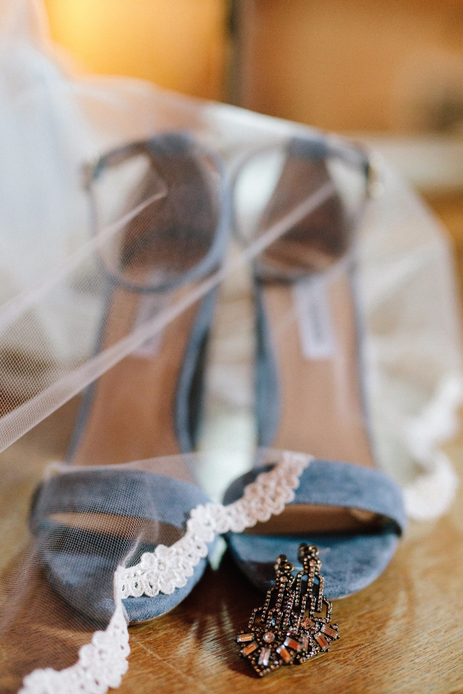 dusty blue wedding shoes and art deco wedding earrings