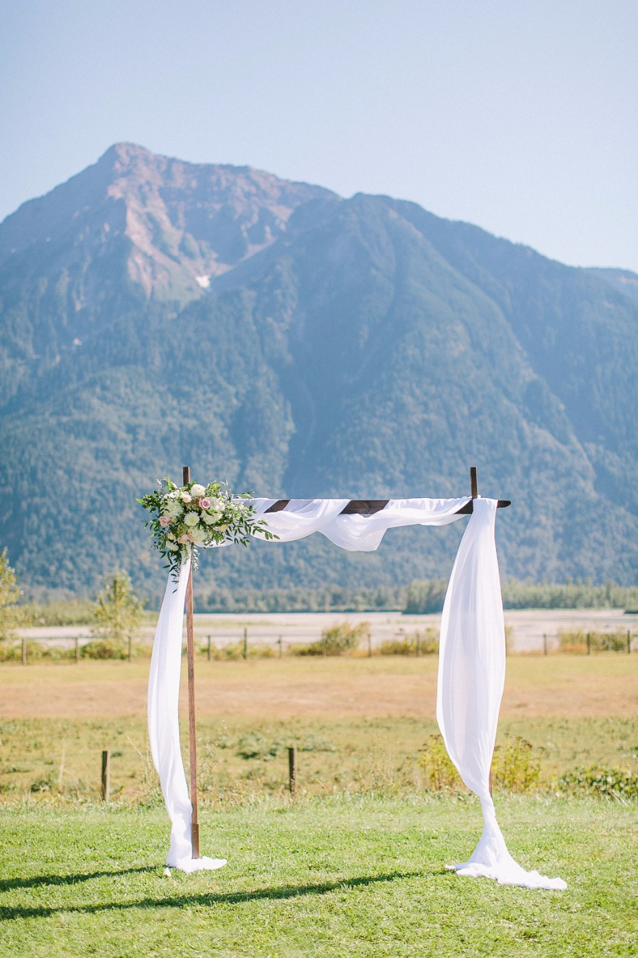 Gorgeous outdoor ceremony at Fraser River Lodge