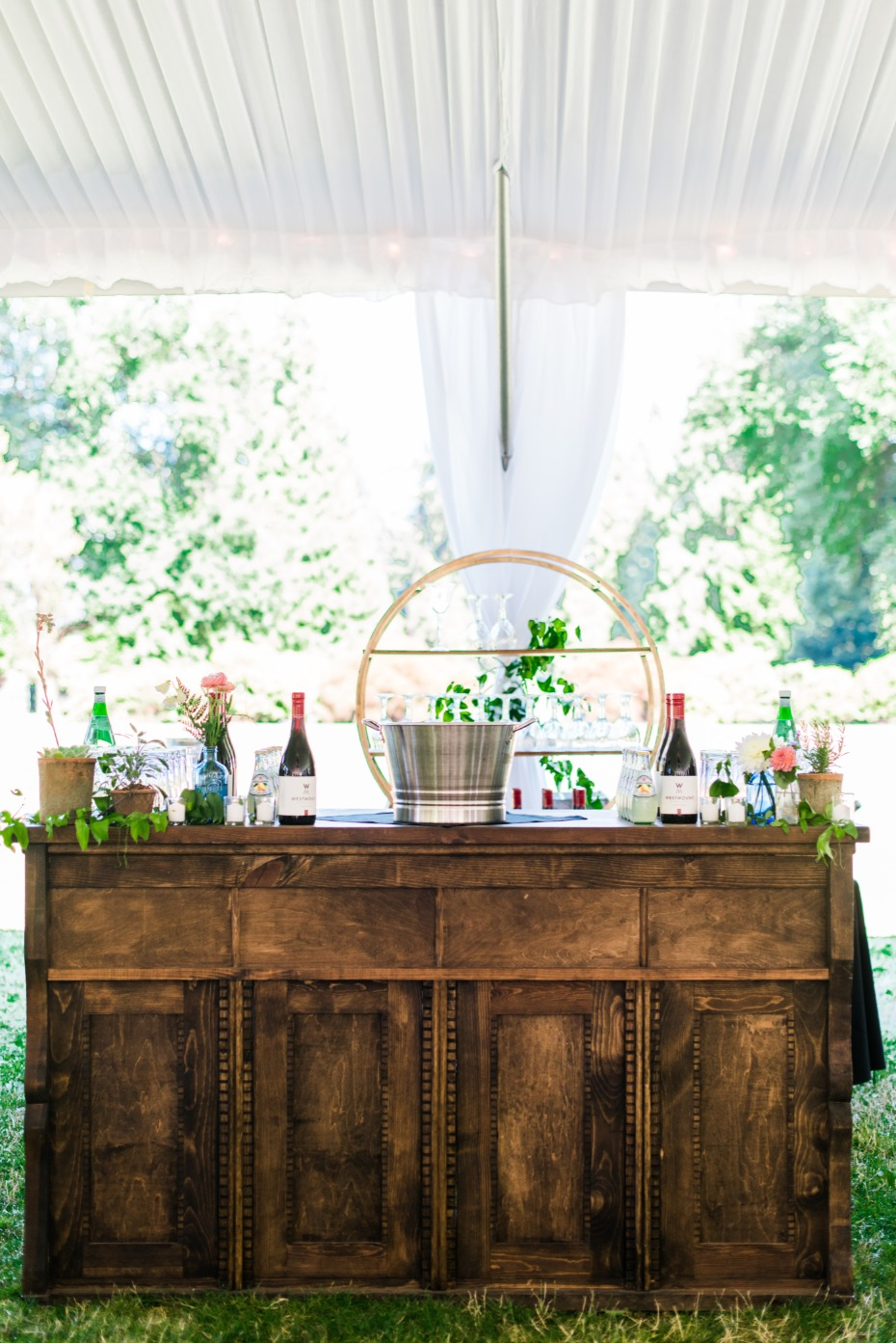 wedding bar for your garden wedding reception