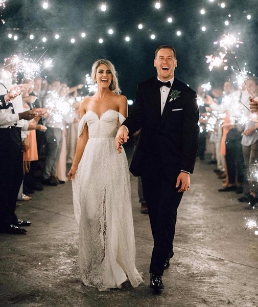 10 Sparkler Wedding Exits that Stole the Show