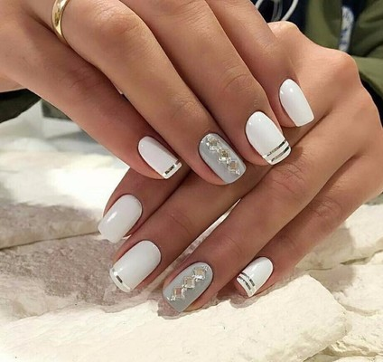 15 Manis You'd Be Crazy Not to Consider for Your Wedding Day