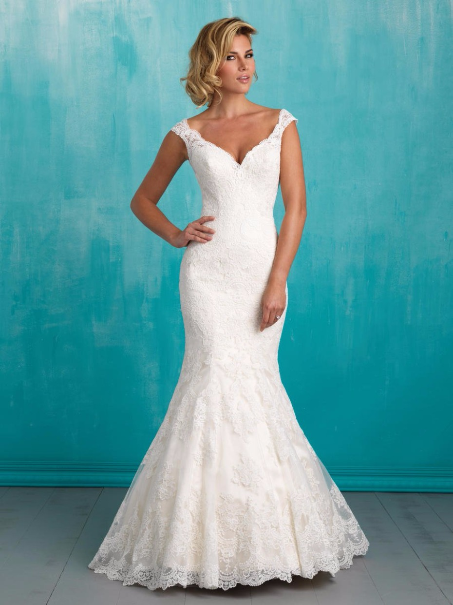 Don\'t Miss the National Bridal Indoor Sidewalk Sale at Terry Costa