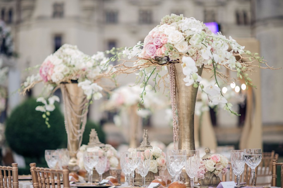 glamorous and regal styled wedding centerpieces