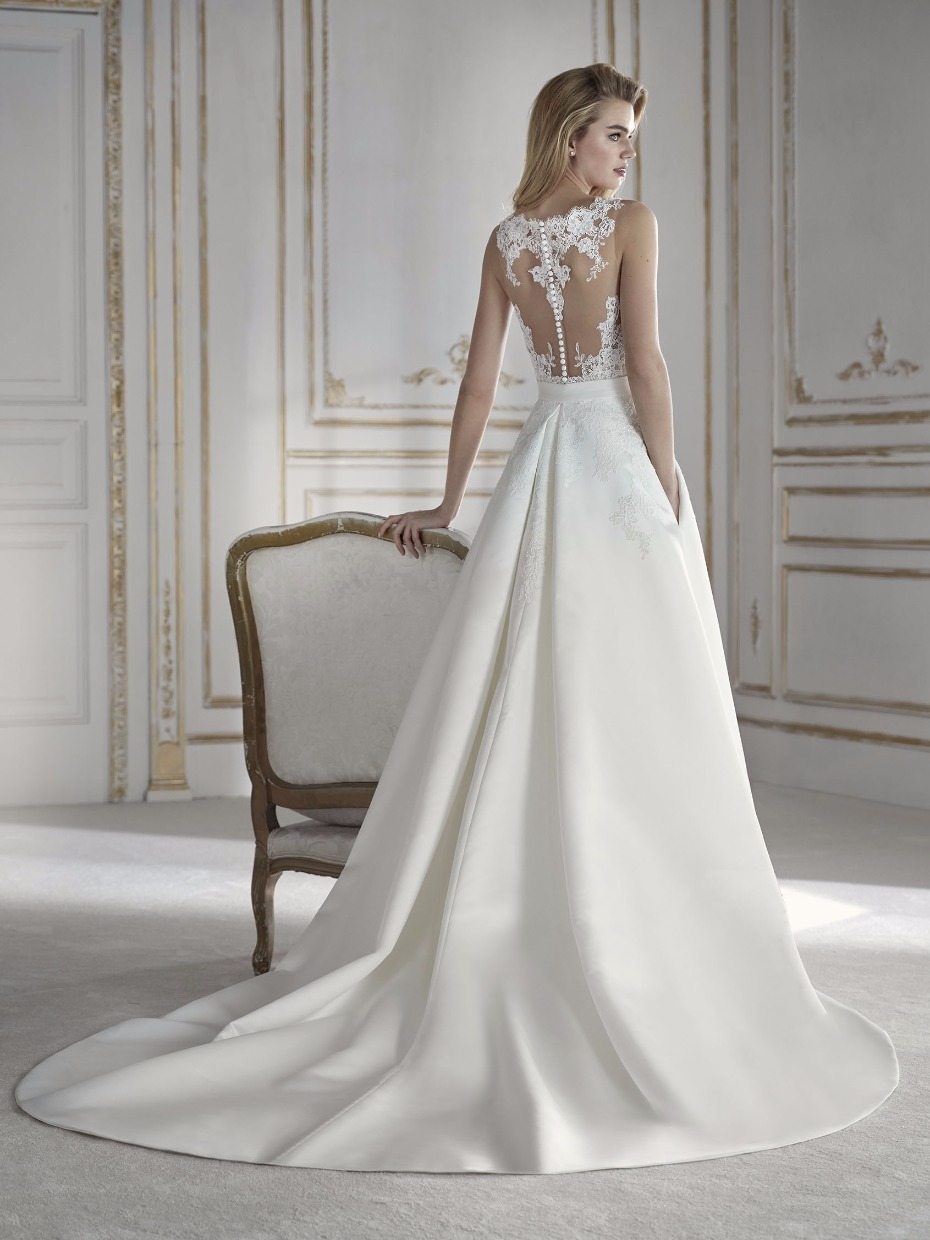 The a Prospera Illustion back wedding by La Sposa