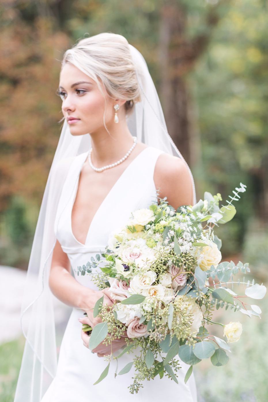 chic and put together bridal style