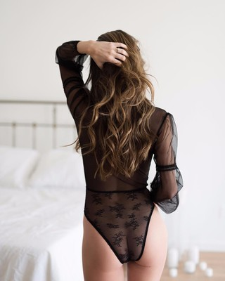 5 Reasons a Boudoir Session is the Best Idea Ever