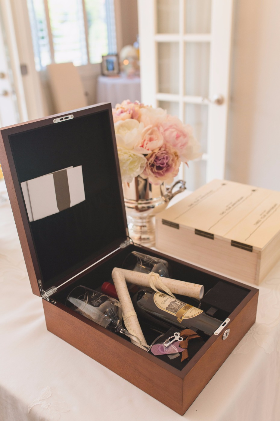 Bridal shower gift wine box