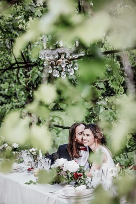 This Rose Garden Elopement Will Have You Booking Tickets To Italy