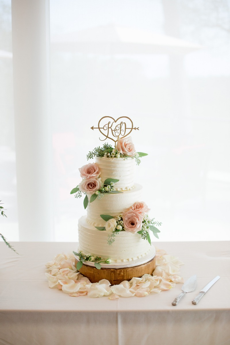 Dessert Goals! Cake by La Rose Cakes - Flowers from Dandie Andie Floral Designs | Photo Daniel Ricci