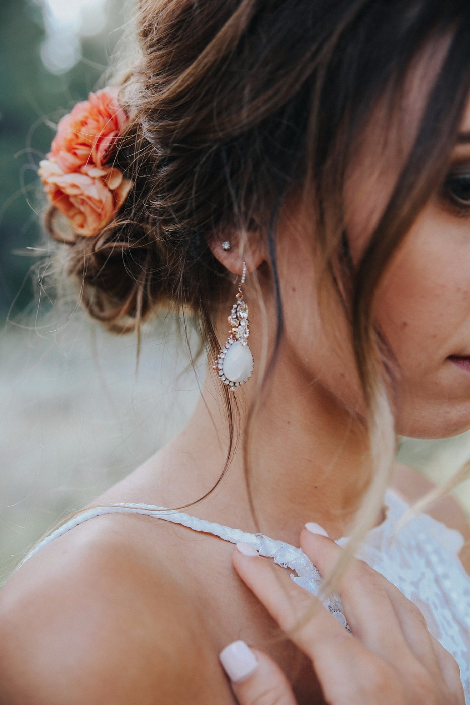 wedding jewelry for your rustic chic wedding day