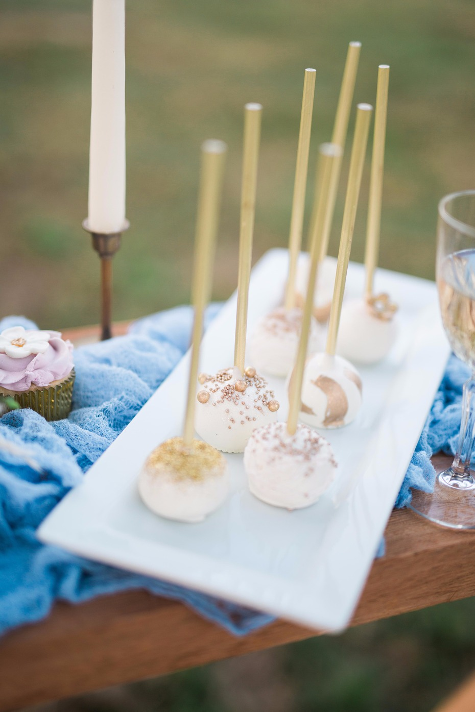 Cake pops for the reception