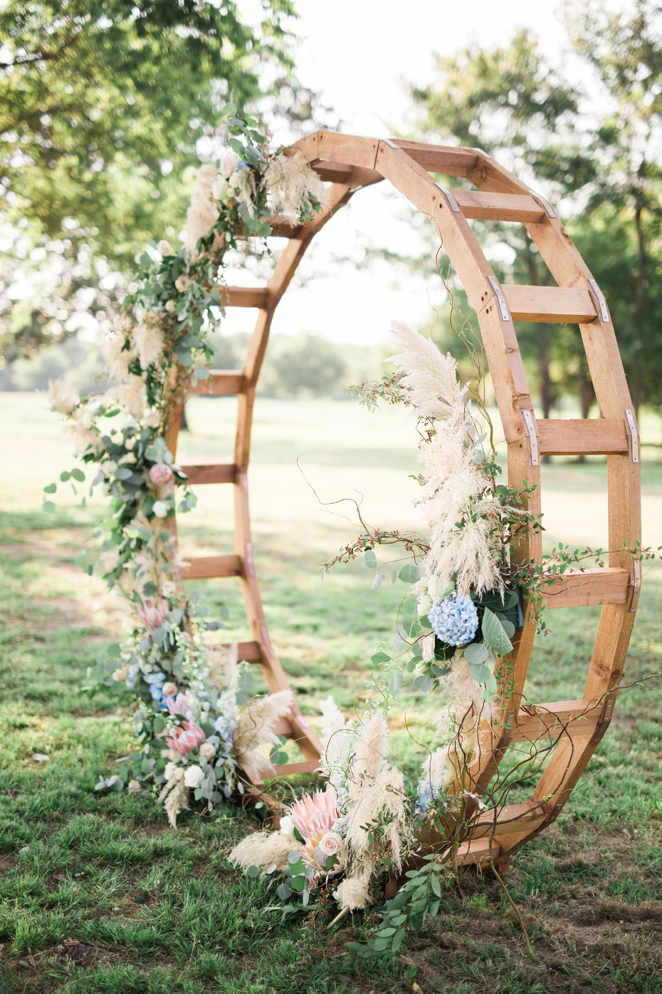 Circle ceremony backdrop