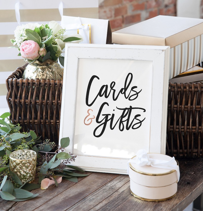 Wedding signage that is simple, modern, yet makes a statement. Pull it all together on your big day with our Penny Collection of signage