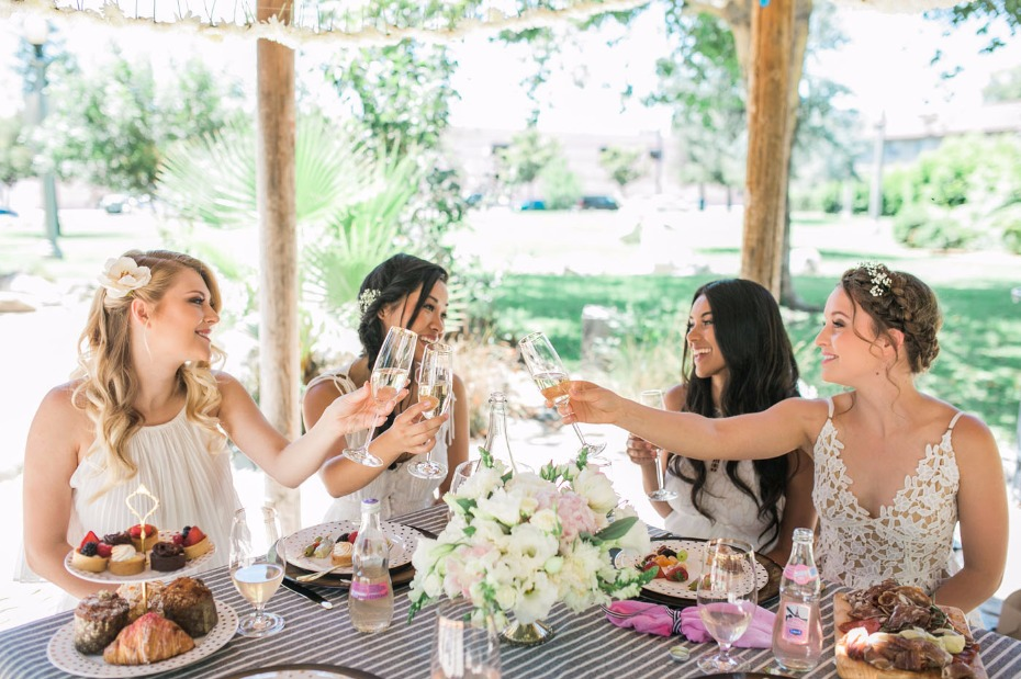 """Will you be my bridesmaid?"" picnic brunch idea"