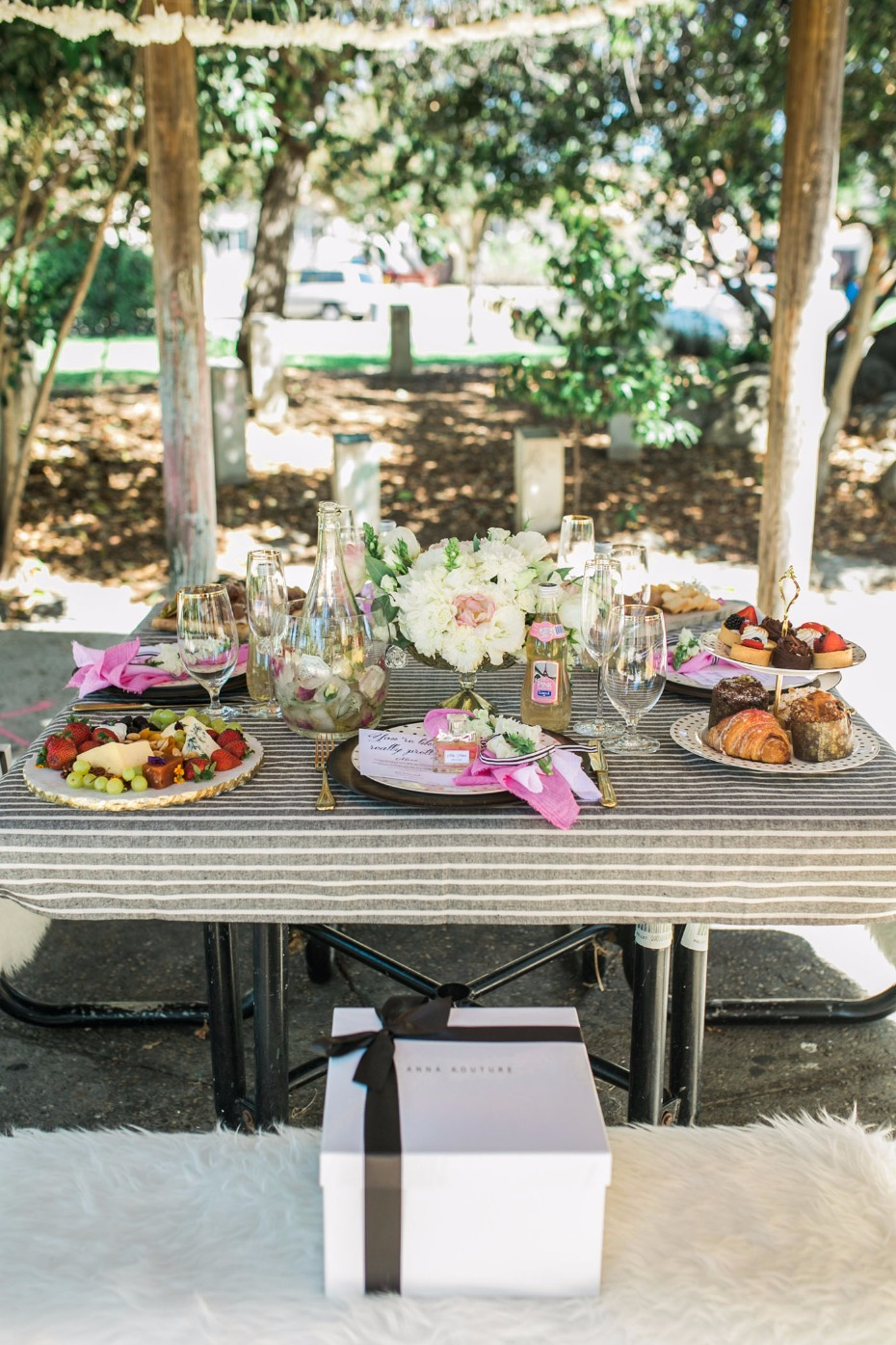 French picnic for the bridesmaids