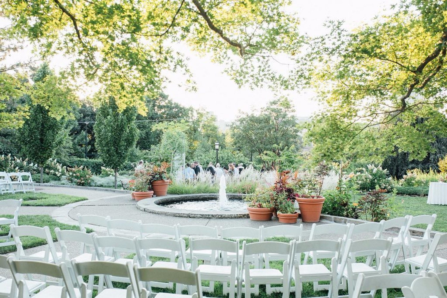 7 Ways to Pay It Forward With Your Nuptials