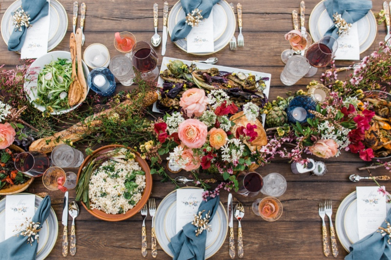 Spring Feast Anna Delores Photography Magnolia Event Design Styling Feast and Fest Catering Coast 2 Coast Rentals Wren Florals Wood