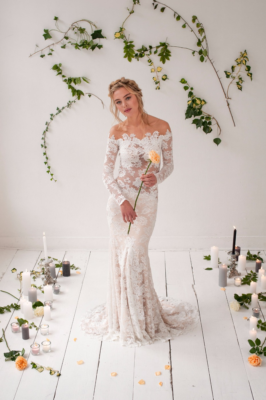 Gorgeous lace gown from Olvi's