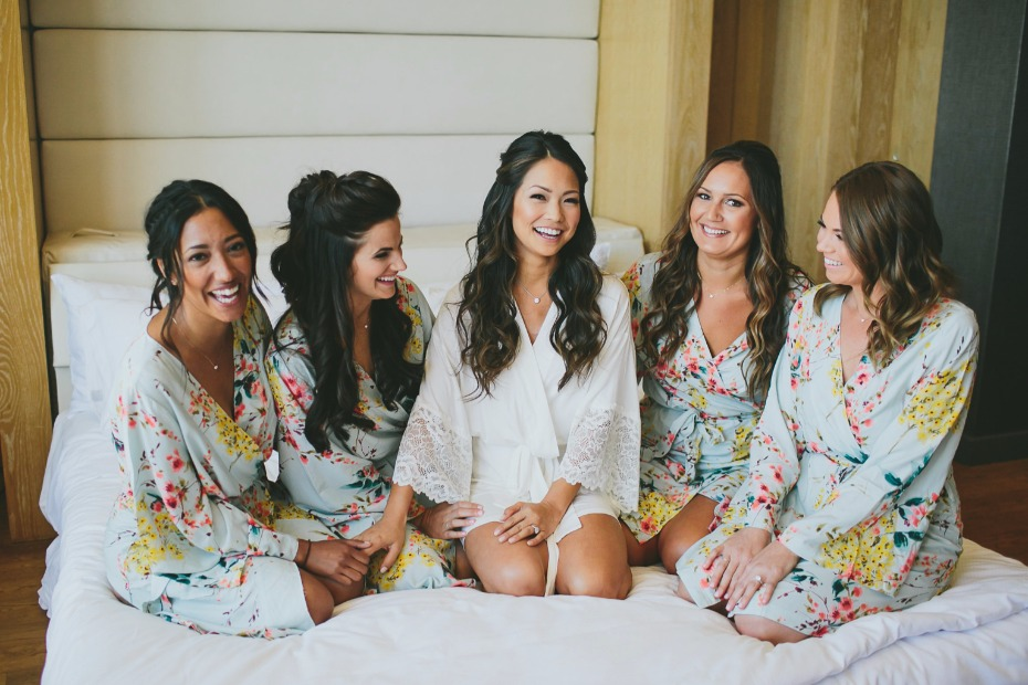 floral getting ready robes for your bridesmaids