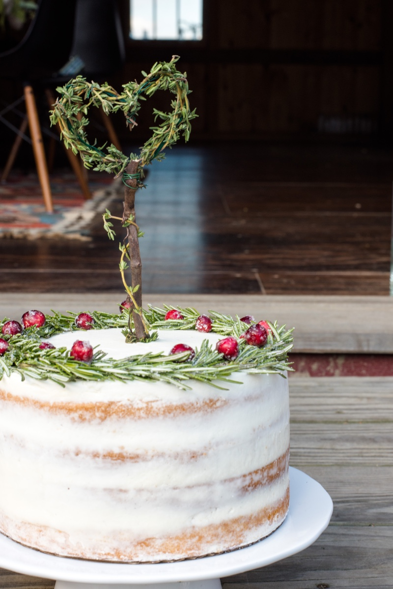 This beautiful naked cake: Rustic Charm & perfect for a holiday wedding! Cake by Cakelore & Co.