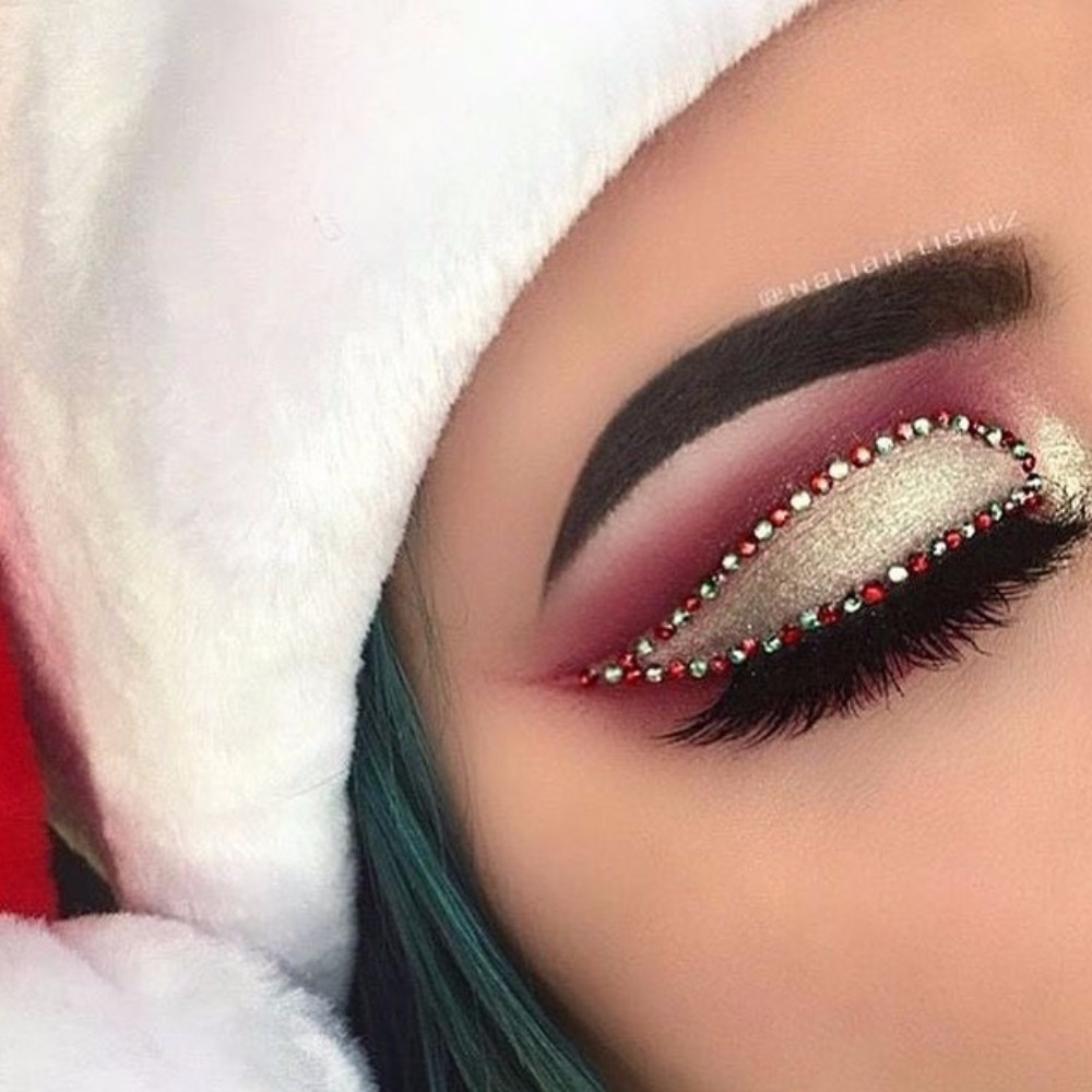 Christmas Makeup Just Became The New Ugly Xmas Sweater