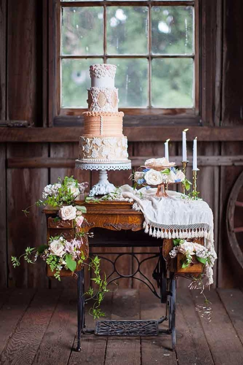 Gorgeous Wedding Cake Stands by Opulent Treasures