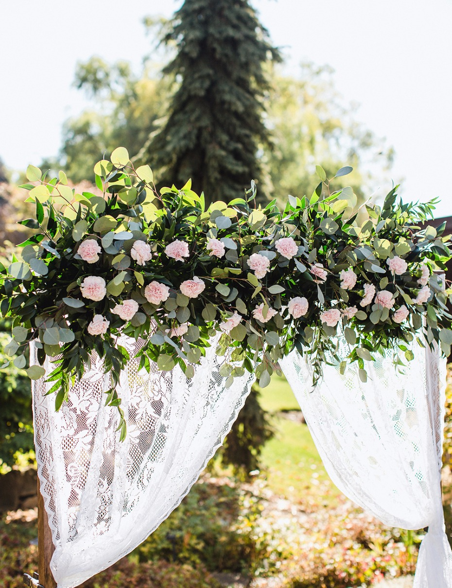 DIY Wedding Arbor From FiftyFlowers.com