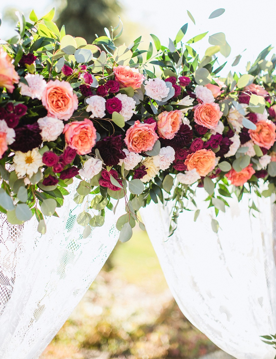 how to make your own floral backdrop for your wedding