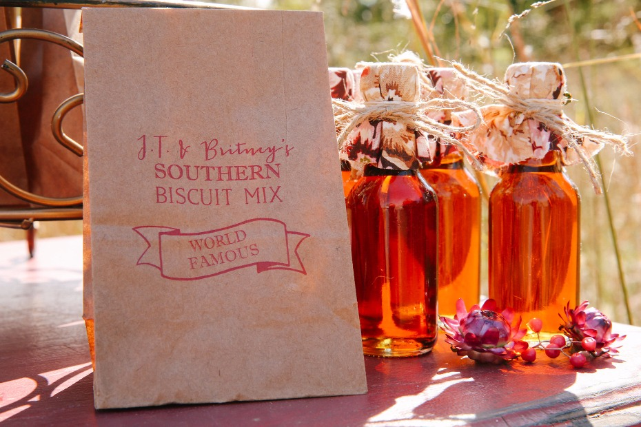 wedding favors for your brunch wedding reception