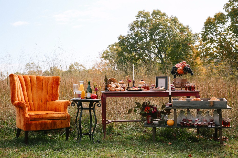 retro harvest chic wedding decor and breakfast bar