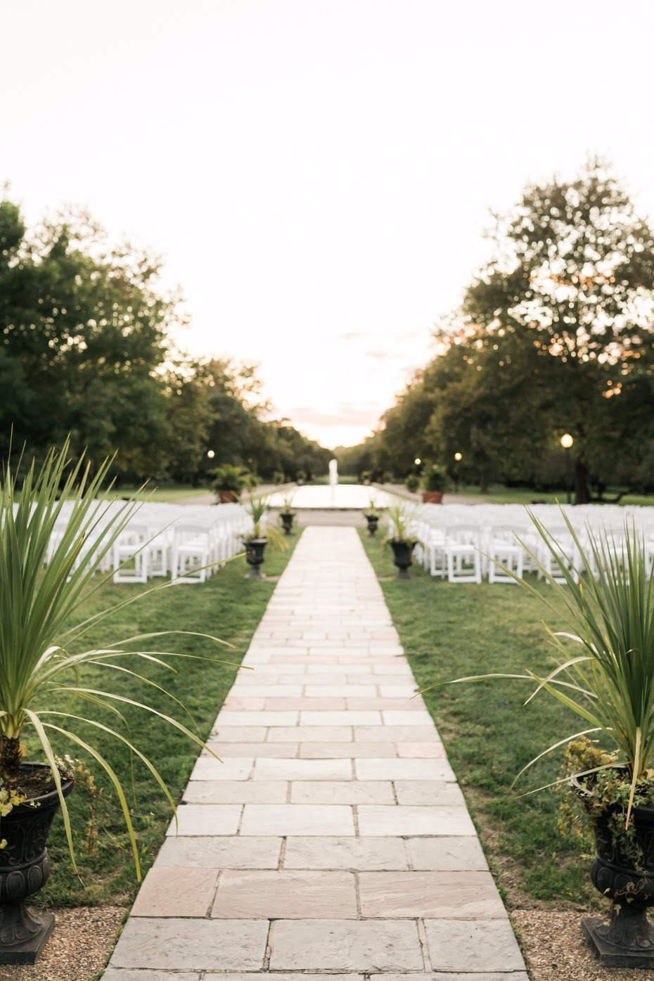simple and sweet fountain side wedding ceremony