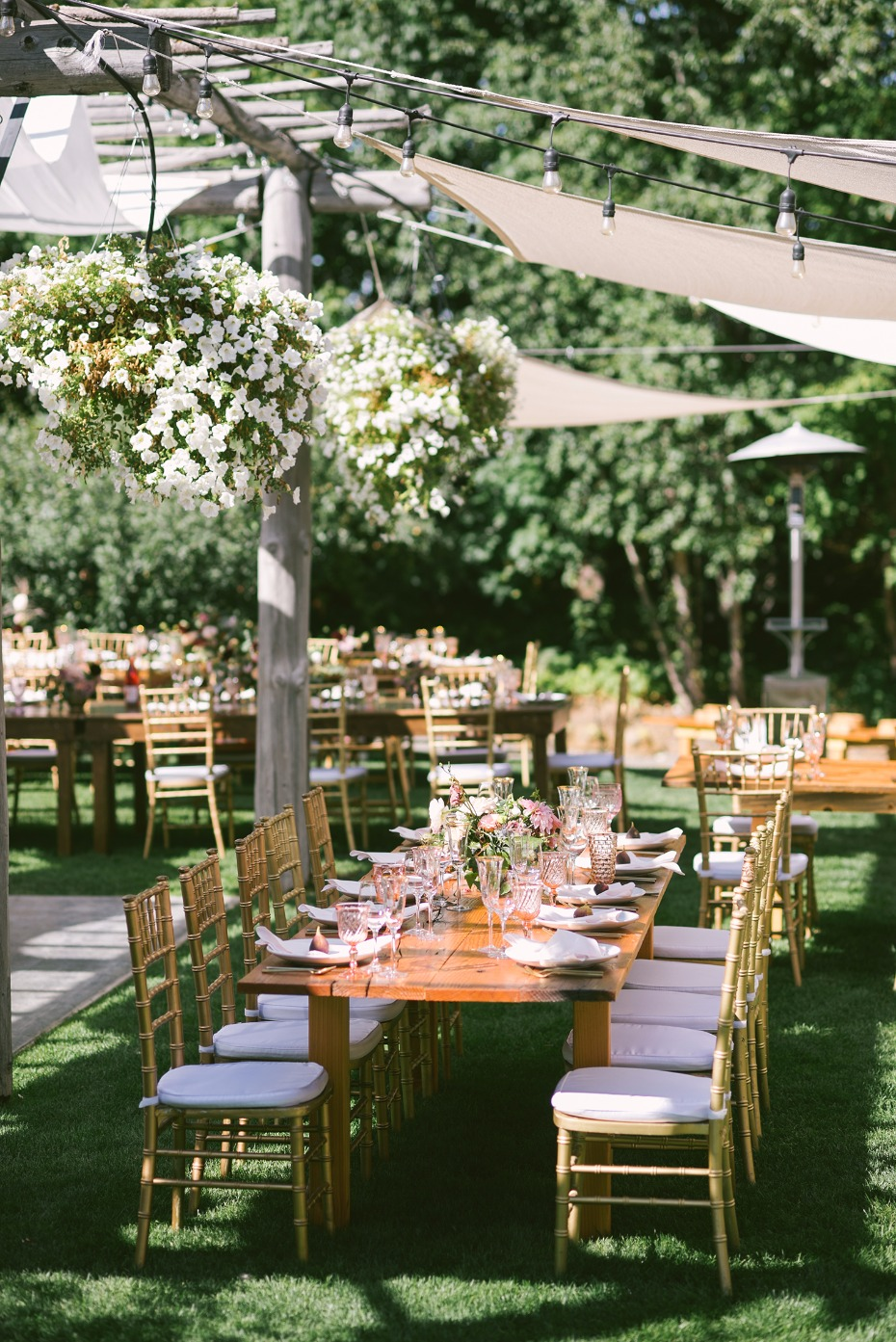 Dreamy outdoor reception