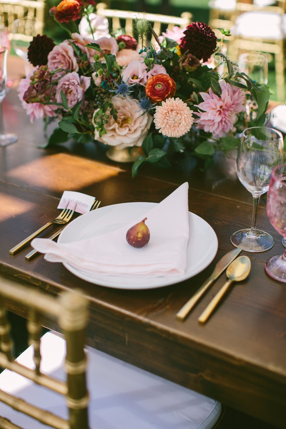 fig place setting
