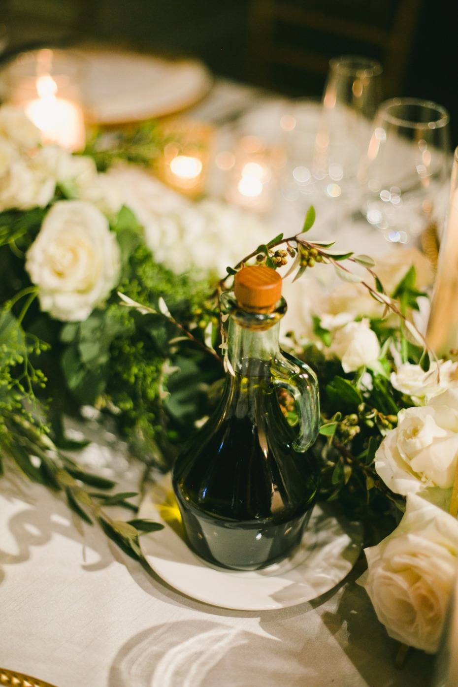wedding table decor for your white winery wedding reception