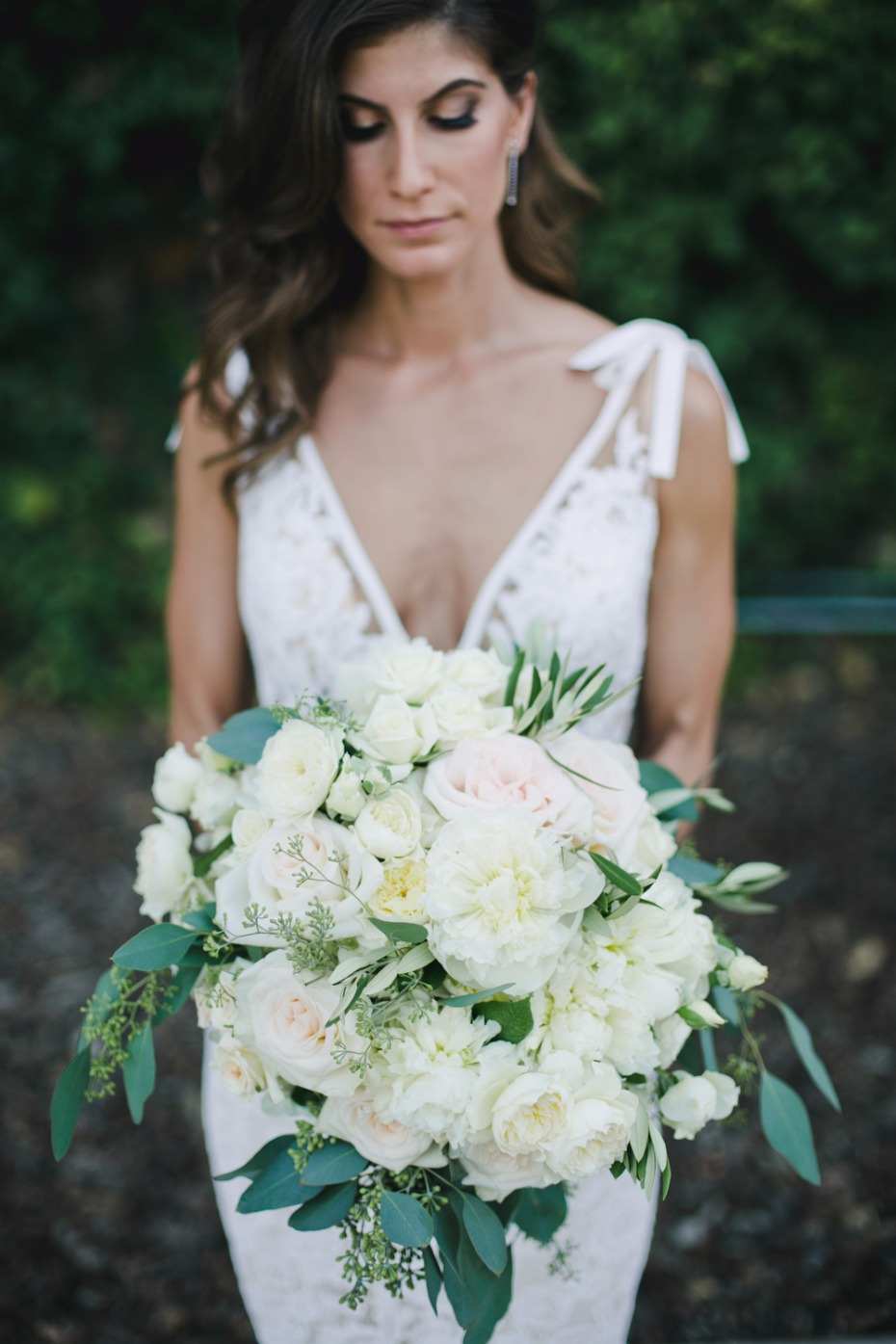 beautiful blush and white wedding bouquet