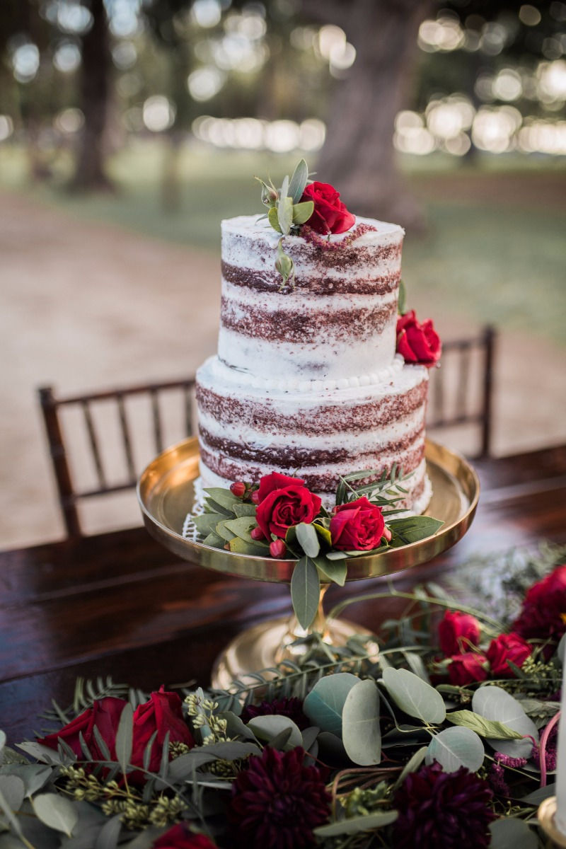 Christmas Wedding Cake Inspiration