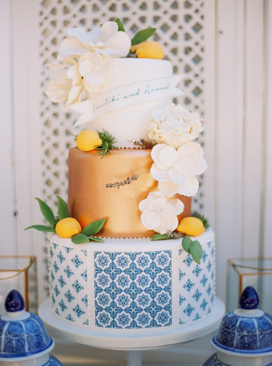 Blue white and gold wedding cake