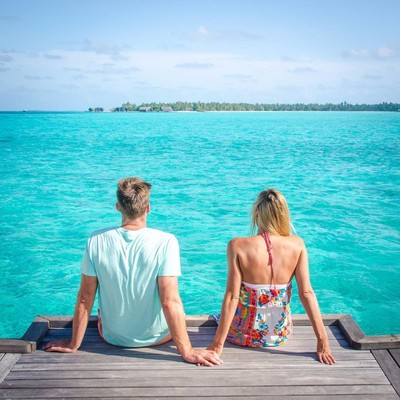 FYI, Your Honeymoon Doesn't Need to Be Viral
