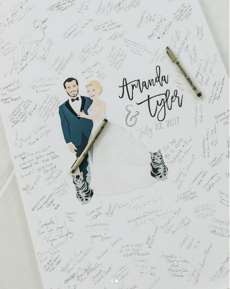 This guest book canvas is the definition of #weddinggoals