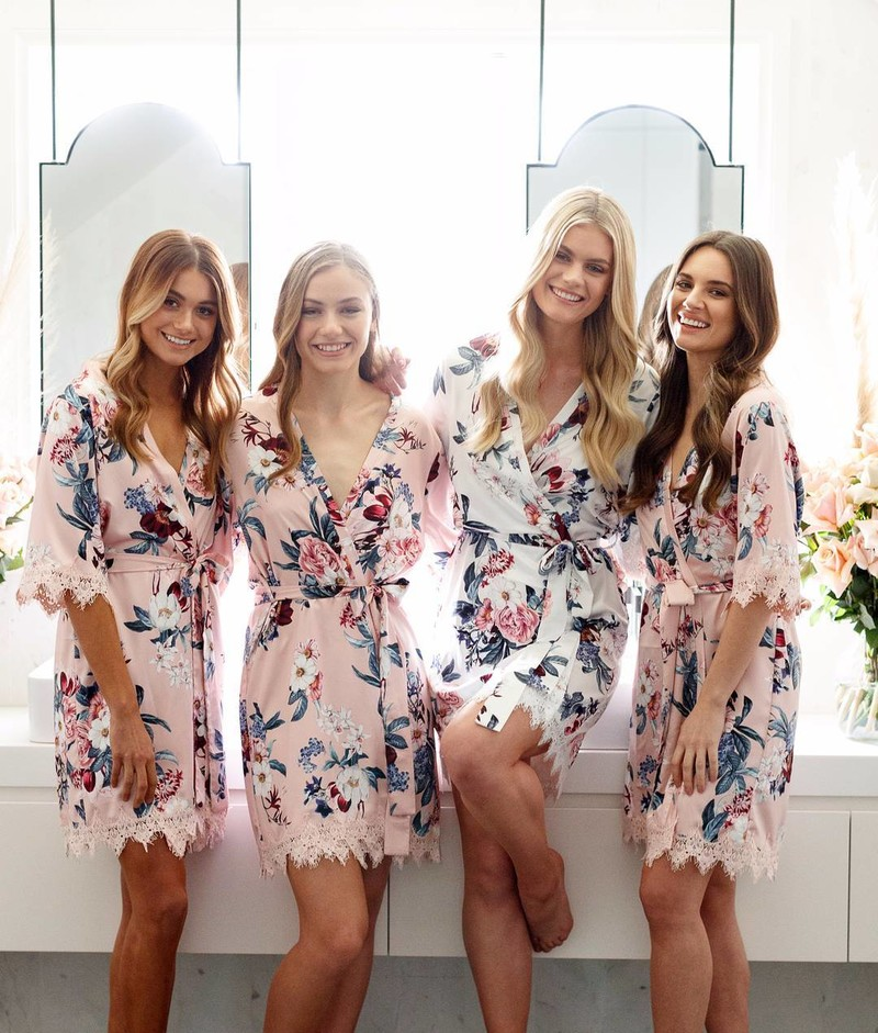 Bridesmaids in the 'Gemstone' robe | Shipping available worldwide💗LR xx